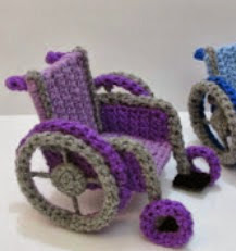 http://translate.googleusercontent.com/translate_c?depth=1&hl=es&rurl=translate.google.es&sl=auto&tl=es&u=http://www.amigurumitogo.com/2014/03/crochet-wheelchair-pattern-free.html&usg=ALkJrhgQjeOaEftX9gMH9JGNi-PGRE1NiQ