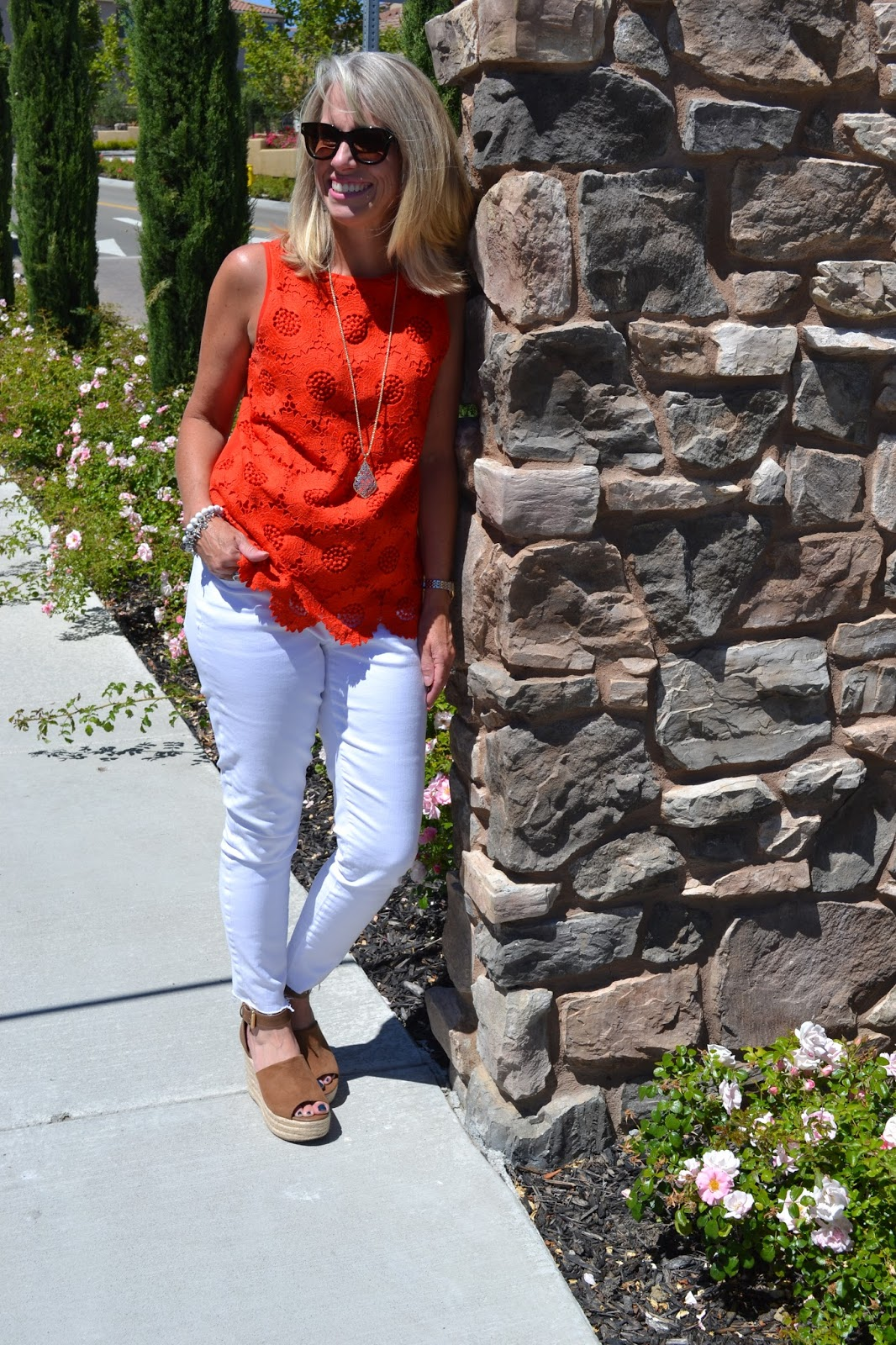 White Jeans and Poppy Top – Coast to Coast