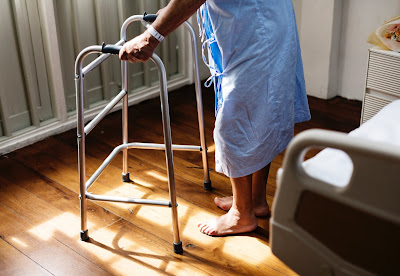 lansia-tenaga-kesehatan-dan-kelompok-risiko-tinggi-rentan-terhadap-virus-influenza