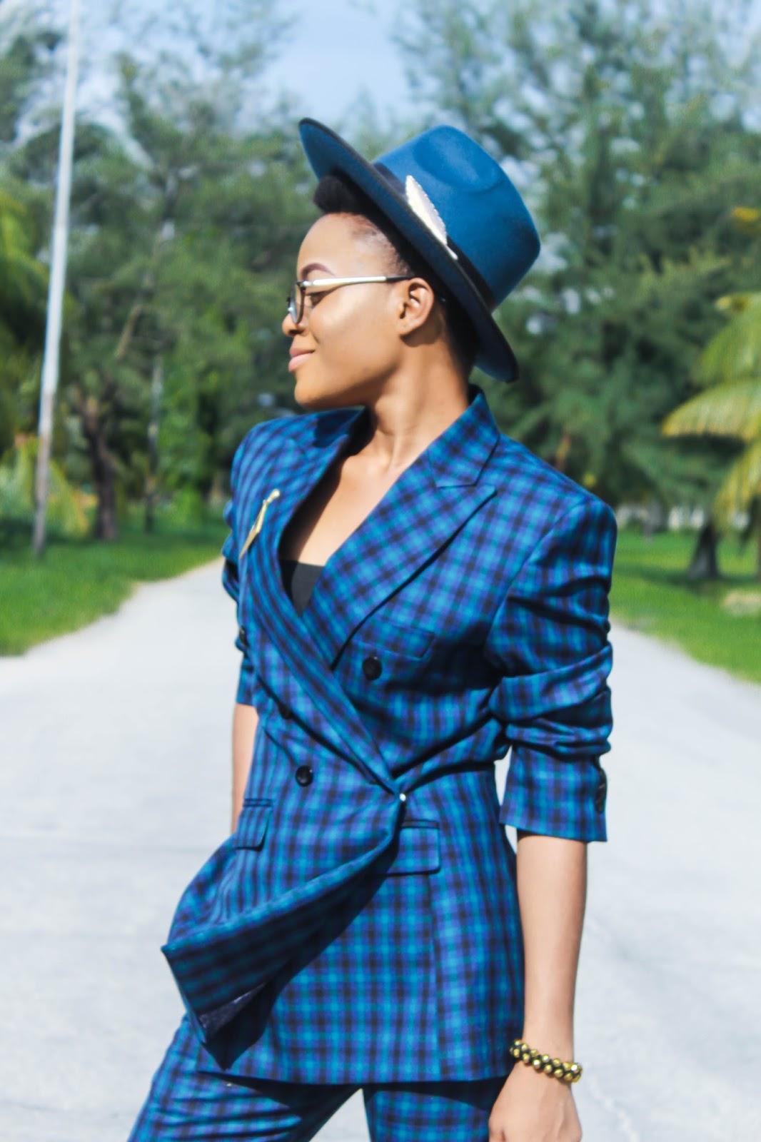 tomboy style blog, androgynous fashion, teal blue fedora hat