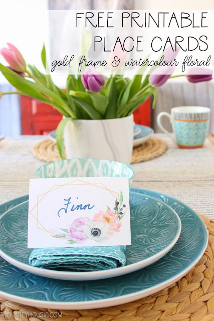 Free printable spring place cards.