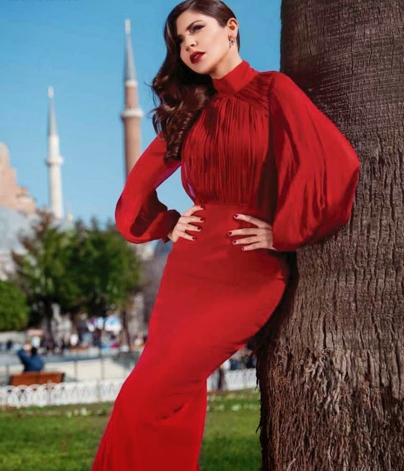 anushka-sharma-red-dress-in-hello-india-magazine