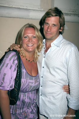 Carolyn Hinsey with soap opera vet Roger Howarth - photo from https://daytimeconfidential.com