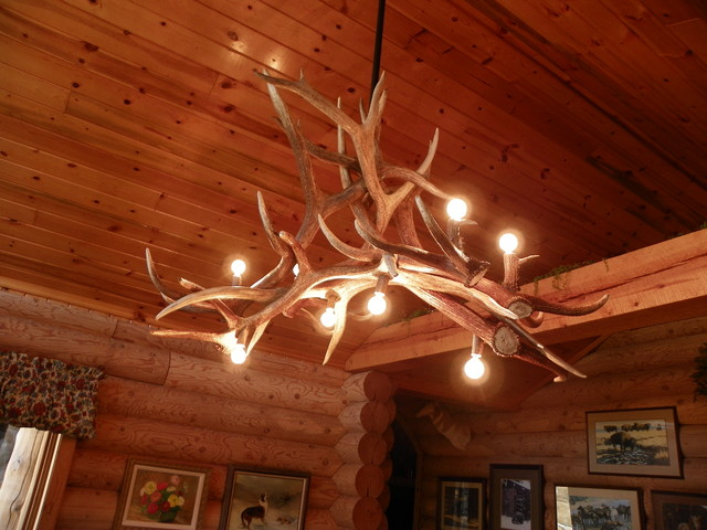unique rustic antler chandelier