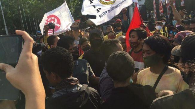 Polisi Tuding Aksi Tolak Omnibus Law Ditunggangi Gerakan Separatis Papua