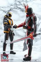 S.H. Figuarts Kamen Rider Saber Brave Dragon 44