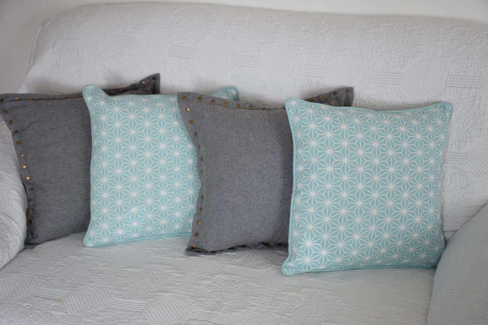 oh les jolis coussins just melle am lie. Black Bedroom Furniture Sets. Home Design Ideas