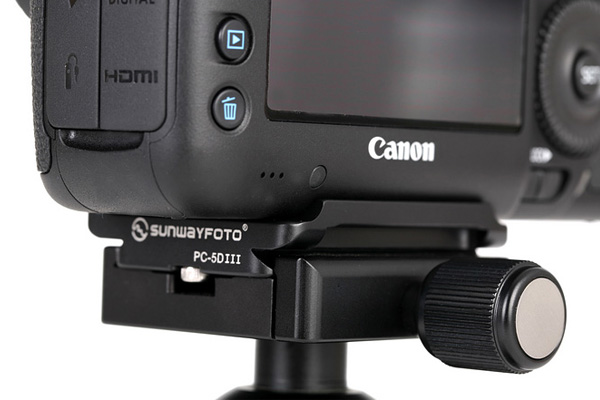 Sunwayfoto PC-5DIII plate on Canon 5D Mk III back-view