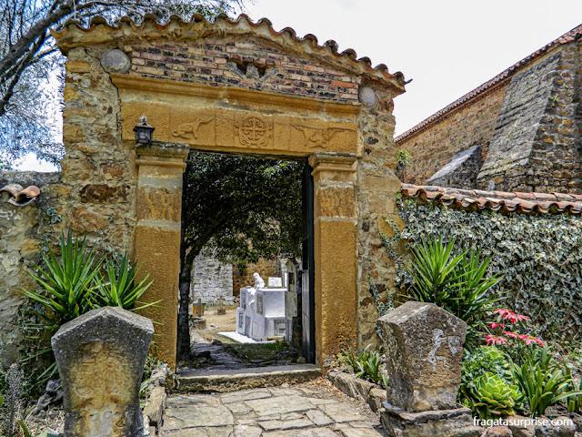 Cemitério do Mosteiro de Ecce Homo, Colômbia