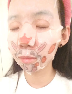 sheet mask selfie 2