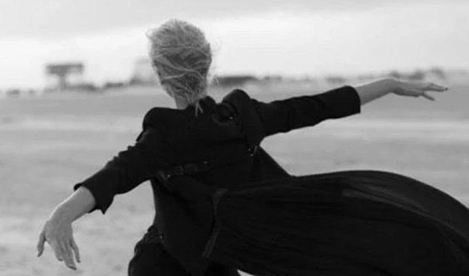 «Упала, встала, пошла»: пять правил взрослой женщины