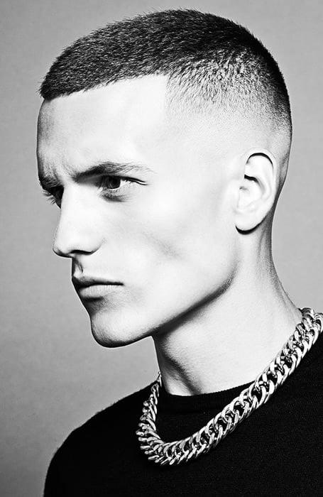 model rambut pria pendek rapi