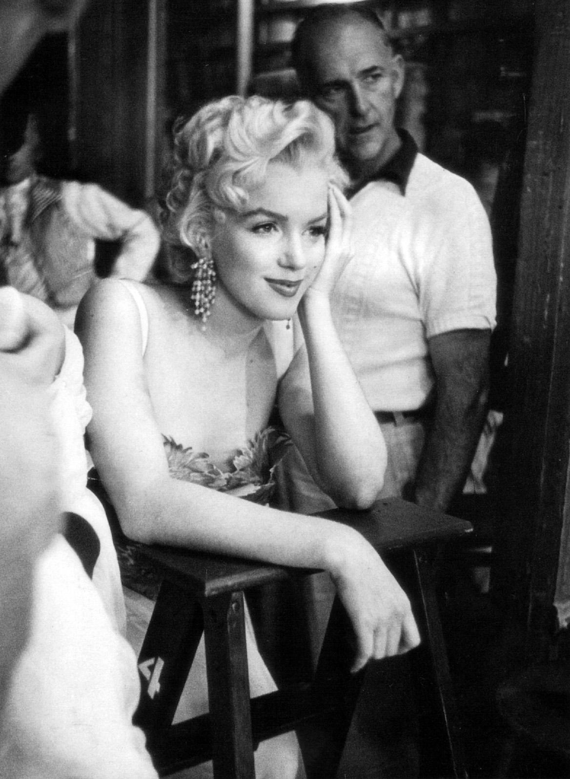 Marilyn Monroe Living Room Decor: The Man Cave: Marilyn Monroe