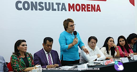 LAURA BERISTAIN EXPONE DEFENSA DEL 115 CONSTITUCIONAL EN FORO DE ALCALDES