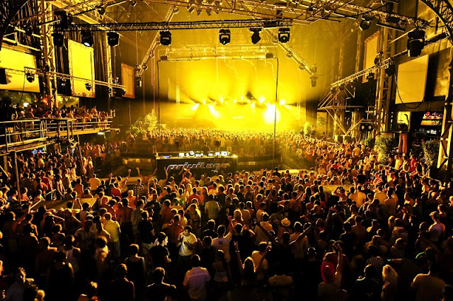 Informações sobre a balada Privilege em Ibiza