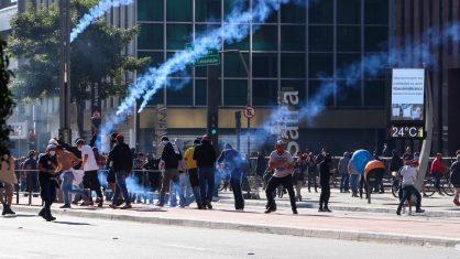 Polícia vai investigar símbolos nazistas em manifestação pró-Bolsonaro