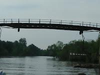 Jembatan Hampir Amruk