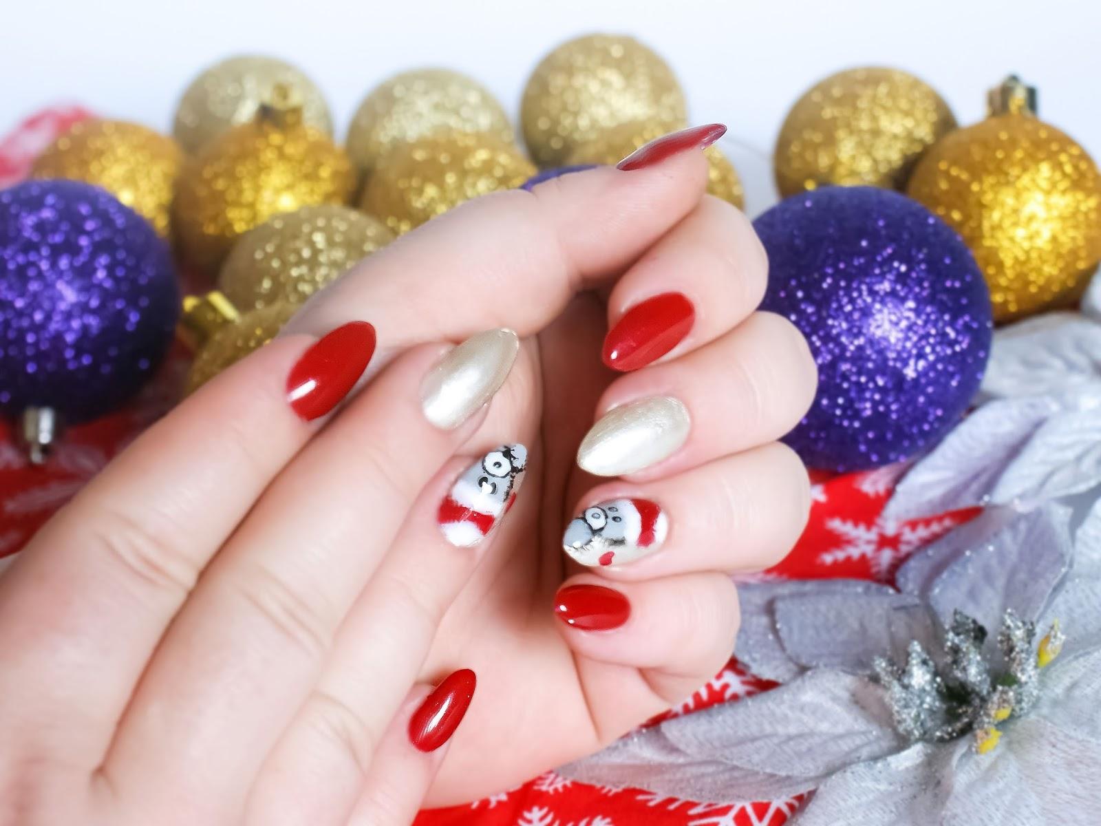 Świąteczny manicure. Czerwono złote paznokcie. Misie na paznokciach.