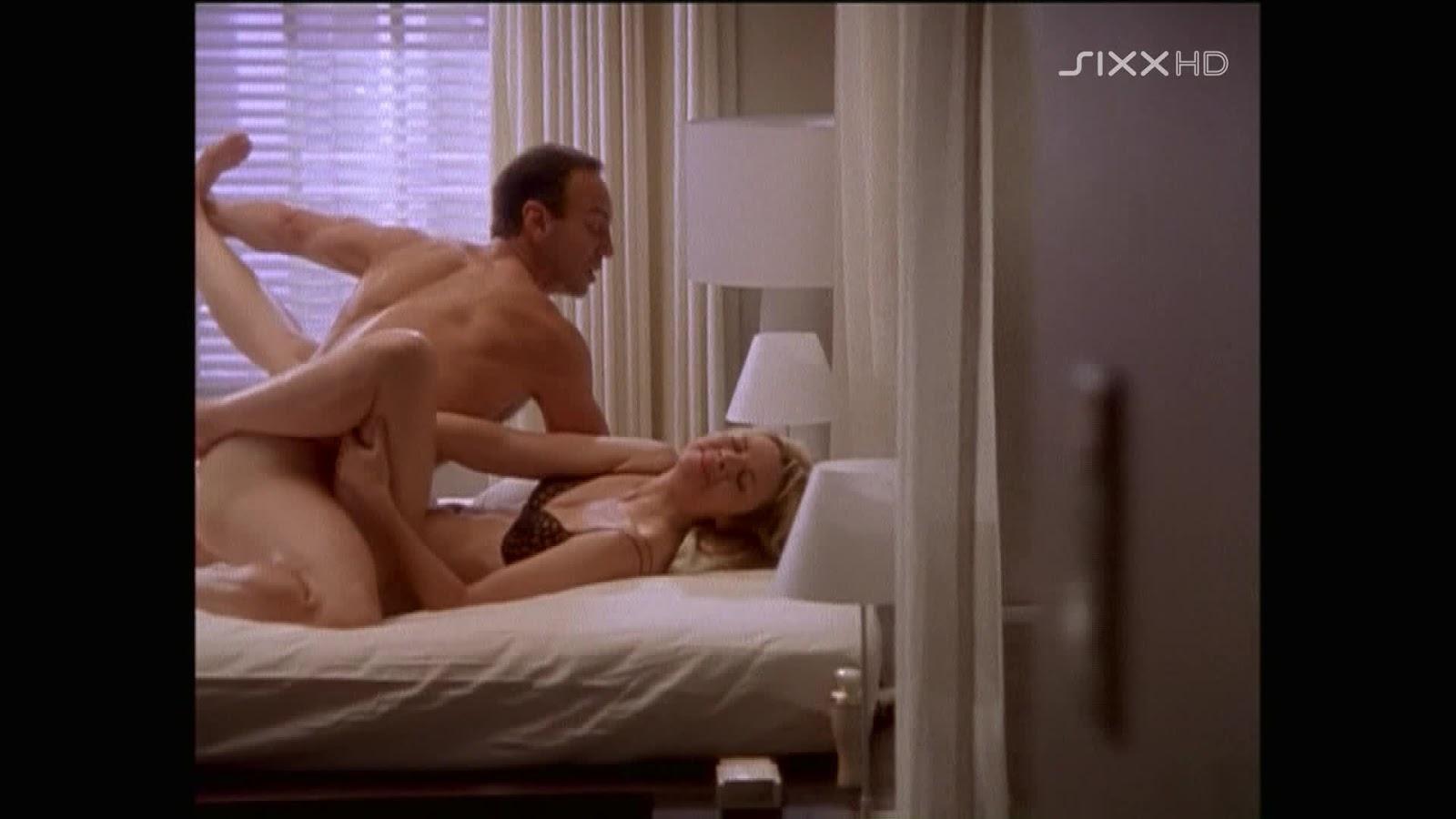 Обнаженные фото из секса в большом городе — 14