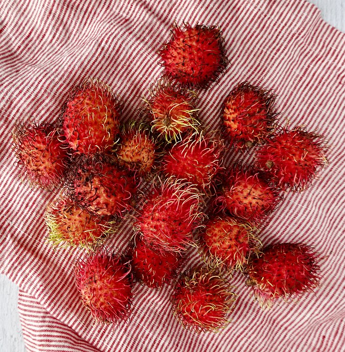 Rambutan cocktail rambutan