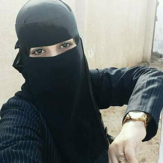 أنا لوبنة من الكويت أبحث عن التعارف و الزواج للأستقرار