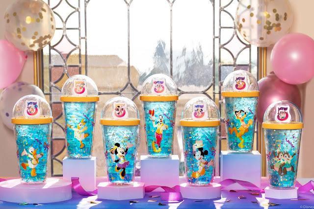 上海迪士尼度假區揭曉5歲生日慶典迪士尼朋友全新慶典服裝及更多內容, Shanghai Disney Resort announced the upcoming celebratory attires for Disney Friends and more