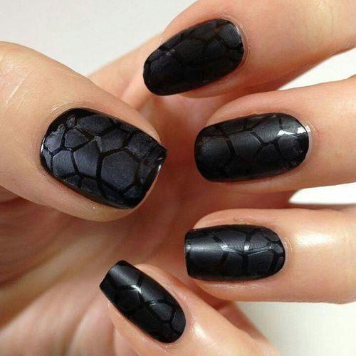como decorar uñas con sellos