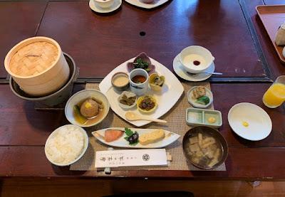 平の高房 朝食