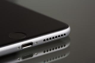 How do Smartphone Speakers Work