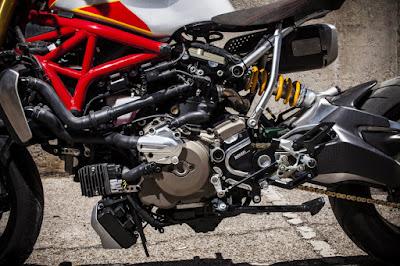 Ducati Monster 1200 S Custom