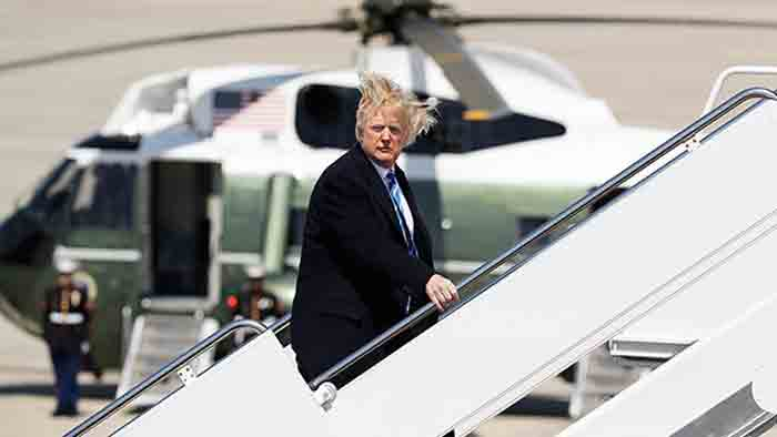Trump Paid $70k On Hairstyling, According To NYT Report: Relive His Wackiest Hair Moments Ever, Washington, News, Income Tax, Media, Report, Cheating, Donald-Trump, World