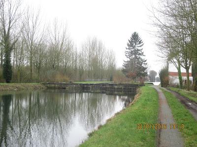 sluis op het kanaal Pommeroeul-Antoing