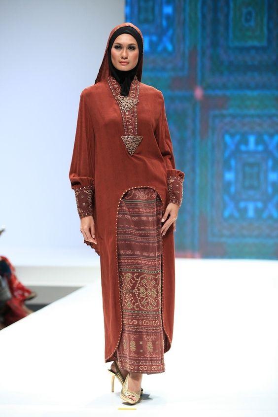 Sandiaga Uno Mengharapkan Fesyen Muslim Indonesia Dapat Mendunia