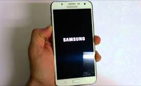 Cara Mengatasi Samsung Galaxy J7 dan J8 yang Tidak Bisa Charging 1