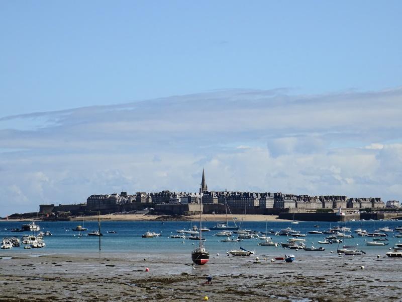 Vue sur les remparts de Saint Malo