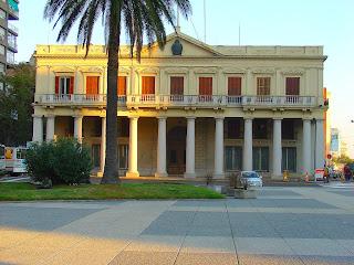 Palácio Estévez: Antiga Sede do Governo do Uruguai, em Montevidéu