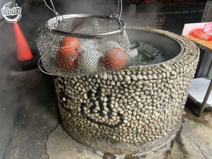用溫泉煮食材這裡就有!來知本必來的點-溫泉煮蛋