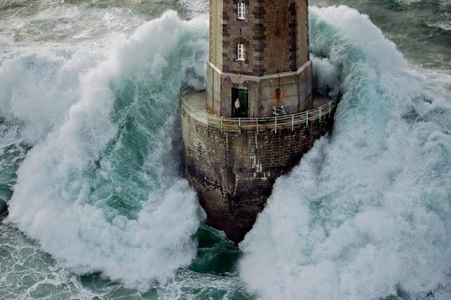 penjaga mercusuar mare di prancis yang berani