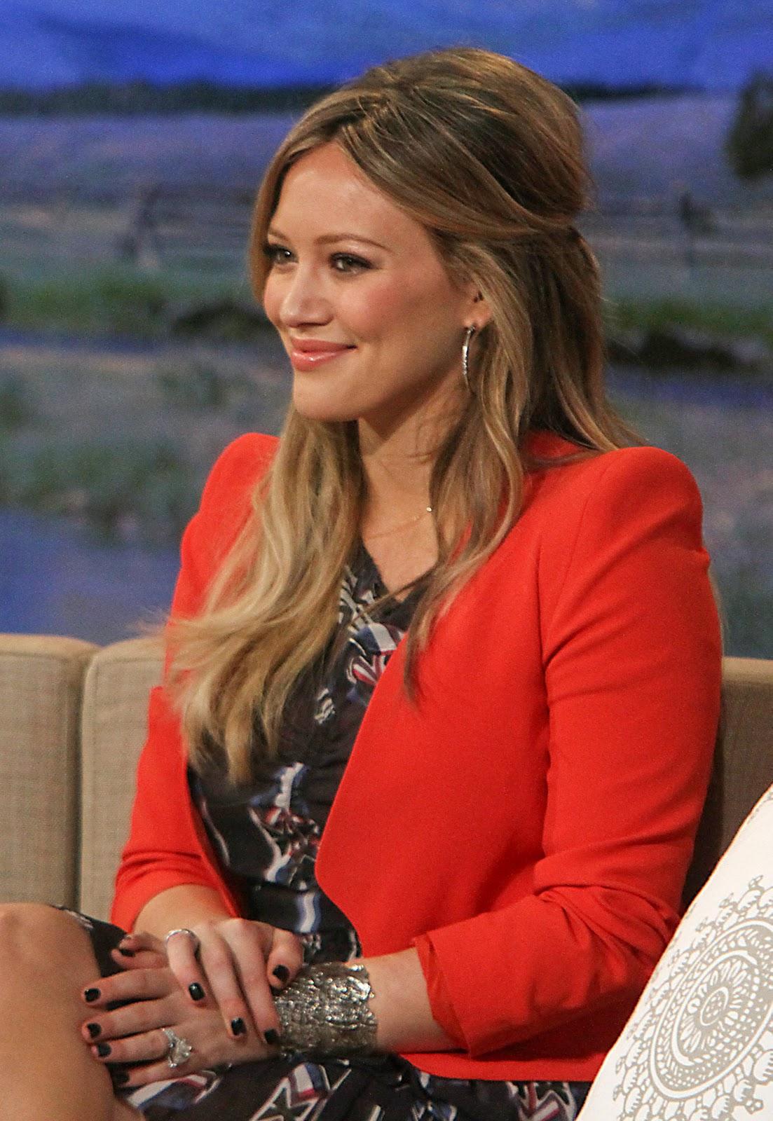 Hilary Duff On Good Morning America In Nyc  Disney Star -9813