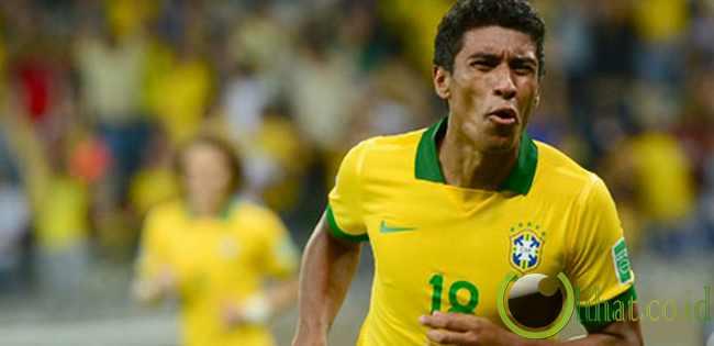 TENGAH: Paulinho