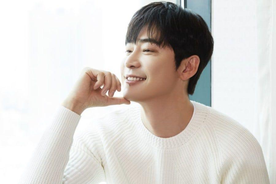 Kang Ji Hwan Dalam Pembicaraan Memimpin Drama Baru Time-Slip