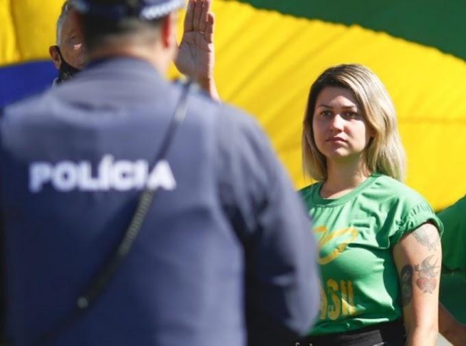 Sara Winter é transferida para penitenciária em Brasília