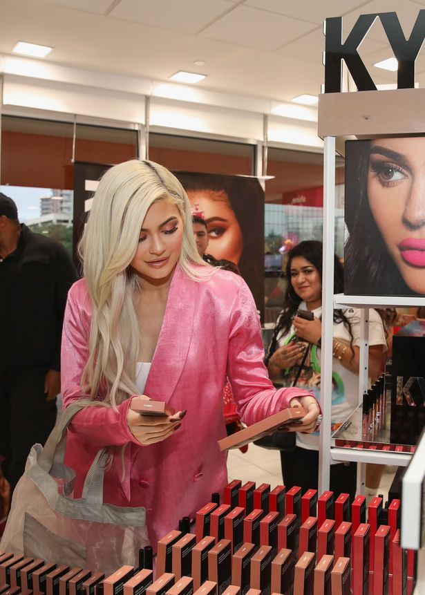 Kylie Jenner's incoming CEO steps down from Kylie Cosmetics amid Forbes billionaire row