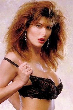 Lisa Comshaw Porn 30