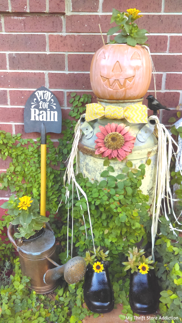 Pray for rain garden shovel
