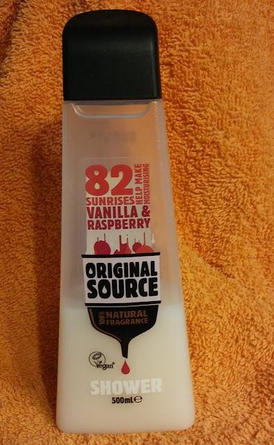 Original Source, Raspberry & Vanilla Milk - żel pod prysznic.