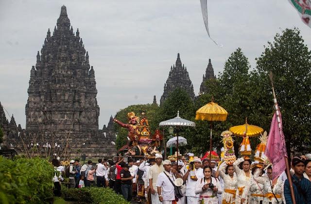 Bagaimana-Pengaruh-Budaya-India-di-Indonesia