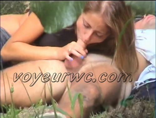 City Park Lovers - Public Voyeur Sex. Spy cam couple fuck in the bushes. (Sex Day 36)