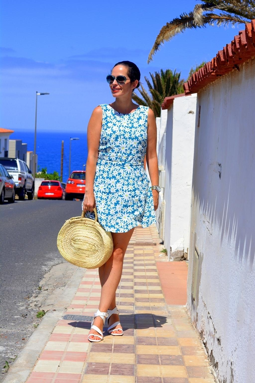 zara-daisy-print-outfit-streetstyle-daily-looks