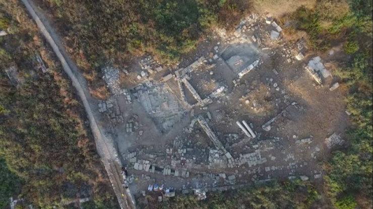 Αεροφωτογραφία της ανασκαφής, στην περιοχή έχουν ανασκαφεί μόνο 70 τ.μ. του συνολικού χώρου